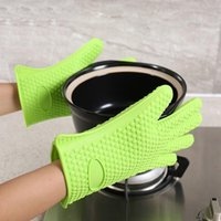 Cuisine micro-ondes four à four à cuire des gants d'isolation thermique antidérapant Silicone à cinq doigts Gants non toxiques résistants à la chaleur HWB4950