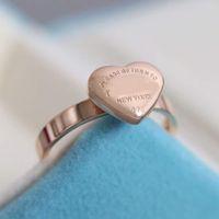 316L Paslanmaz Çelik Bant Yüzük Kalp Şekli Ve Kelimeler Tasarım Üç Renklerde Kadınlar Için Kaplama Düğün Takı Hediye Için Damga Velet Çanta PS3342