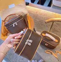 레이디 화장품 가방 패션 메이크업 가방 여성 디자이너 핸드백 여행 파우치 숙녀 지갑 고품질 조기 세면 용품 가방