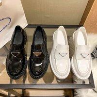 Top Qualität Frauen Kleid Schuhe Casual Dick-Sohlen Low-Top-Müßiggänger-Schuh-Hochzeits-Party Mode Business-formale Schwarzweiß-Größe 35-41 mit Box