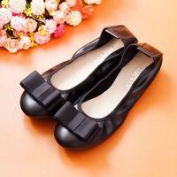 ربيع فراشة عقدة المرأة عارضة أحذية جلد طبيعي أحذية امرأة الأزياء الانزلاق على الفم الضحلة الشقق للنساء أحذية للنساء V150 #
