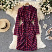 Robe décontractée Vanovich Vintage Robe à carreaux Femmes Printemps et automne 2022 Mesdames Longues Manches Europe Coton Vêtements
