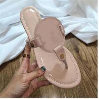 الصنادل المسطحة المصممين المصممين النساء الصنادل الشرائح المنزلق منصة sandalias أسافين صندل الأحذية Luxuryslide des Sandales Flip 21088