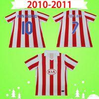 Atletico Madrid 2010 2011 Retro Futbol Formaları Vintage Futbol Gömlek Ev Kırmızı Beyaz 10 11 Klasik Üniformalar # 9 Falcao # 7 Forlan # 10 Kun Aguero