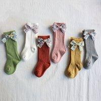 Ilmek Kız Çorap Çiçek Yaylar Bebek Prenses Ilmek Çorap Diz Uzun Yumuşak Kızlar Çorap Soyulmuş Çocuk Footbocks Bebek Giyim T500480