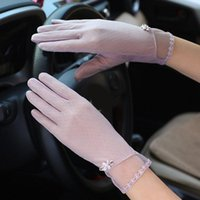 Five Fingers Gloves Driving Thin Silk Lace Touch Screen Glove Summer Sexy Women Uv Sunscreen Short Floral