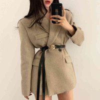 Women's Jackets Short women's jacket with a belt, thick coat long sleeve and turtleneck facing down, Korean minimalist for fall winter TLR5