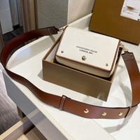 Klassische Leinwand Umhängetasche Kleine Handtaschen Geldbörse Modebrief Tofu Packung Crossbody Bags Einfaches Design breiter Schultergurt Messenger Bags