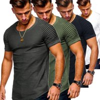 O-neck Short Sleeve Slim Tees Man Fashion Casual Tops Mens Striped Pleated Summer Tshirts Men Solid Color