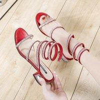 Sandálias Verão Mulheres 2021 Moda Sexy Renée Rhinestone Médio Salto Amarrado Partido Respirável Compras Mulher Andar Sapatos Casuais