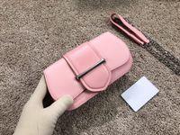 Rosa Echtes Leder Mode Taschen Heißer Verkauf Trendy Casual Brust Pack Herren Womens Design Schulter Handtaschen Designer Legierung Frauen Handtasche Einfache Geldbörsen