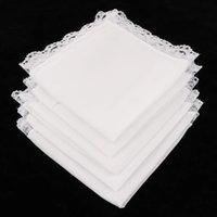 Nouveauté cadeaux de mariage de mariage blanc de poche carrée femmes dentelle mouchoir en coton portable serviettes minces décoration wll300