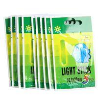 Barato 50 unids pesca flotador fluoresciega fluorescalle luz de la noche de flotador brillo en el palillo oscuro Pesca Iscas Accesorios de pesca 25mm 37mm 226 W2
