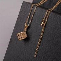 Pendentif Colliers de haute qualité CZ Cubic Zirconia Cupper Métal 3D Stéréo DICE Pendentifs pour femmes en acier inoxydable Chaîne Gold Cadeau Cadeau