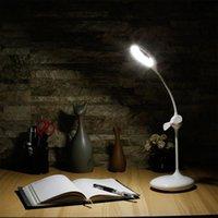 Interruptor de toque Alto Brilho Alto Built-in Bateria Recarregável Eye-Protection 360 ° Iluminação rotativa Lâmpada de mesa LED com ventilador