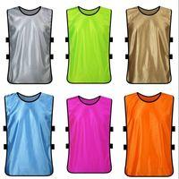 2021 남자의 빈 축구 그룹 턱받이 팀 셔츠에 대하여 좋은 품질 남성 축구 셔츠 스포츠 그룹 조끼 플랫 331 x2