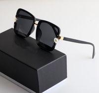 21ss Polaroid Солнцезащитные очки Женщины Спортивные прогулки на открытом воздухе Высококачественные Ювелирные Изделия Жемчужные Женские Мужские Очки Больше Цвета Выбор с коробкой и всеми аксессуарами