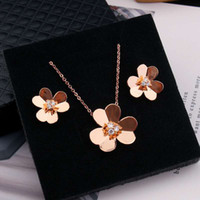 Jewelry Ladies Pendant Necklaces Love rings van Screw Earrings carti Bracelet Party Wedding Couple Gift Fashion Luxury cleef designer [with box] a98