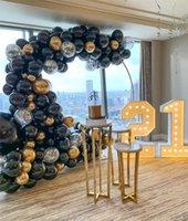 Luxus Mode Hochzeit Party Hintergrund Tisch Dessert Dekoration Großer Kreis Hintergrund Glänzend Gold Eisen Bogen Kuchen Halter Stand Blume Plinth Ballon Handwerker Rack