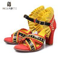 Robe chaussures Prova Perfetto Rivet Volants Design Femmes Sandales Mode Couleur Mixte Cuir Véritable Tassel Plissé Heel Chunky Heel Summer