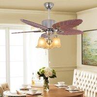 Ventilateur de feuilles de sculpture en bois de style européen Ventilateur lumineux salon de salle à manger décor à la maison ventilateur de plafond avec lumières télécommande LED E27 Lampe