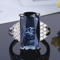 Square Topaz Gemstones Diamonds Crystal Rings for Women White Gold Silver Color Sapphire Bague Jewelry Trendy Party Accessories