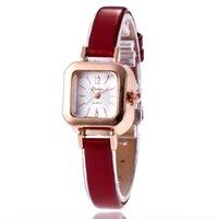 Retro Fashion Womens Students Watches Quartz Watch Multicolour Leather Strap Temperament Girls Wristwatches