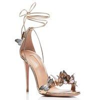 2021 Neue Mode Frauen Knöchelband Sandalen Rote Braut Sommer Hochzeit Schuhe Schmetterling Dekor High Heel Prom Pumps Gold Sandalias
