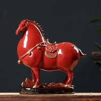 Top Quality Design creativo Hallowmasceramic Fortune rosso Tang Cavallo Ornamenti Zodiac Animali domestici Soggiorno Desktop Desktop Desktop Artigianato in porcellana