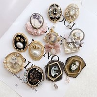 Retro Big Camellia Crystal Chain Tassels Brooches Number 5 Pearl Tassel Brooch pins for Women Clothes Accessories