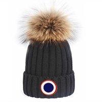 Kış Kapaklar Şapka Kadın Bonnet Kalınlaşmak Beani ile Gerçek Rakun Kürk Pompomos Sıcak Kız Kap Snapback Ponpon Beanie Şapka