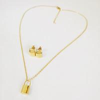 Designer di lusso Gioielli Donne Collana Gold Block Pendant Collane Acciaio inossidabile Argento Orecchini in oro rosa Bracciale Bracciale