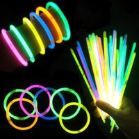 멀티 컬러 장난감 LED 글로우 스틱과 유사한 FESTIVAL 형광 팔찌 생일 이벤트에 대 한 안전 라이트 스틱 크리스마스 파티 용품