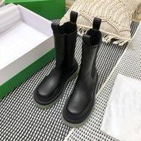 2021 luxury designer thick bottom autumn and winter womens Short Boots Mens Non Slip color fashion letter large original standard shoebo