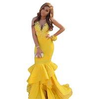 Charming Yellow Mermaid Prom Dresses Strapless Halter Deep V-neck Lace Ruffler Layers Skirt Evening Fomral Dress Red Carpet