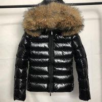 موضة جديدة إمرأة أسفل سترة هود الزنانير نمط البريطانية 100٪ الراكون الفراء الشتاء ستر بطة بيضاء أسفل معاطف أسود الشتاء معطف S-XL