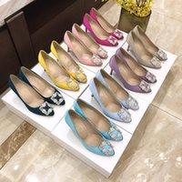 La última moda clásica hebilla de diamantes de imitación de diamantes de imitación 7 cm 10 cm fiesta de lujo de lujo bombas de diseño profesional cómodo tacones altos delgados zapato de mujer