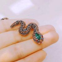 Design unique Gold Couleur Couleur Snake Broches Femmes Lady Luxe Metal Snake Animal Broche Pins Partie Cadeaux de bijoux occasionnels Cadeaux