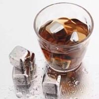 Nouveau 304 acier inoxydable glaçon de glaçon réutilisable de pierres de refroidissement pour le whisky Wine Gardez votre boisson de buvez plus longtemps de la barre de whisky en métal rouge refroidissement de vin rouge