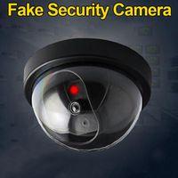 시뮬레이션 된 보안 카메라 가짜 돔 더미 카메라 플래시 LED 빛