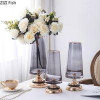 創造的な高層ガラス花瓶の高級寝室のダイニングテーブルの花配置装飾金属ベースの花花瓶の装飾現代