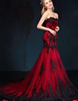 Black And Red Gothic Mermaid Wedding Dresses Sweetheart Lace Appliques Tulle Corset Back Vintage Colorful Wedding Gowns 1950s