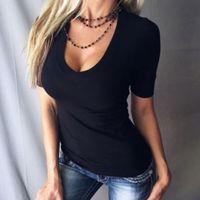 Artı Boyutu Katı Renk Derin Kısa Kollu T-Shirt Yaz Üst kadın T-Shirt V Boyun Seksi Kadınlar Slim T-Shir