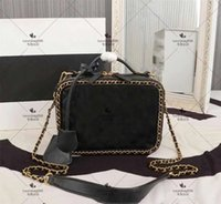 Fashion luxury shopping bag center small luxuries ASSMALL VANITY CASE make-up box handbag cosmetic beauty suddenly increased a chain has more Wholesale noble s