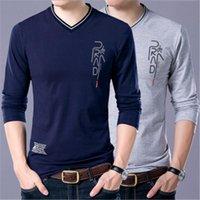 Moda Eğilim Uzun Kollu Tee Tops Casual Erkek Rahat Giyim Tasarımcı Ince Erkek V Boyun Tişörtleri Saf Renk Uzun T-shirt Giyim