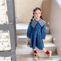 Осень Детские джинсовые платья девушки цветочные напечатанные шнурки бантики лавочки джинс платья дети одиночные погружные двойные карманные ковбойские одежды Q0931