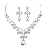 Earrings & Necklace Dubai Vintage Style Elegant Women African Jewelry Set Crystal Stud For Bridal Wedding Party