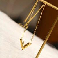 여성 패션 Fadeless 14K Gold Link 커플 선물 보석 V 편지 팔찌 여성의 레저 스타일 쇄골 체인 클래식 로고 체인