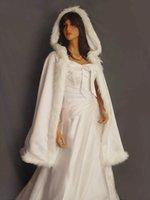 Wraps & Jackets Wedding Cloak White Medium Length Fur Trim Satin Cape Shawl With Hats Ivory Boleros For Accessories 2021