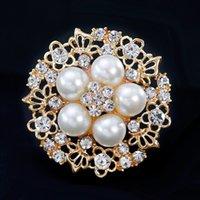 Diamond Pearl Brouch Pin Золотой Кристалл Цветочный Брошь Корсаж Шарф Пряжка Платья Платья Костюм для Женщин Мода Ювелирные Изделия Подарок будет и Сэнди